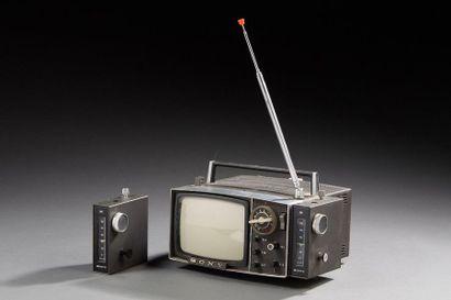 SONY téléviseur portable  Modèle 5-303M...