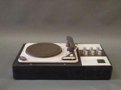 DUAL LULLI 1007  Electrophone combiné.