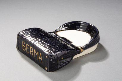BERMA  Vide poche publicitaire en céramique...