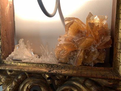Un morceau de cristal de roche jaune  Provenance...