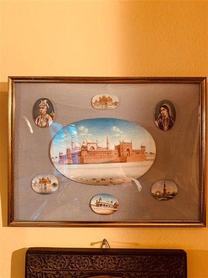 Cadre contenant sept miniatures représentant...