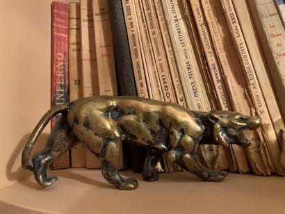 Tigre en bronze argenté (usures)  Longueur...