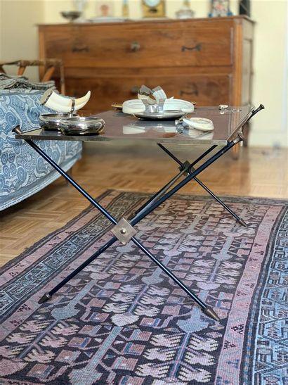 Table basse rectangulaire en métal laqué...