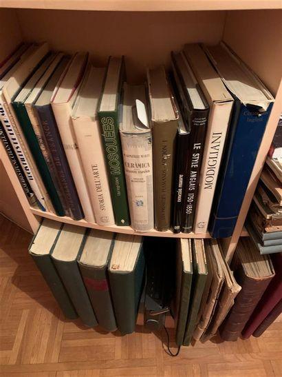 Lot de livres d'art  Provenance : Entier...