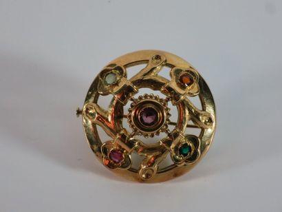 Broche ronde en or jaune 18k (750 millièmes)...