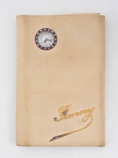 Porte feuille de Dame en cuir blanc, ornée...