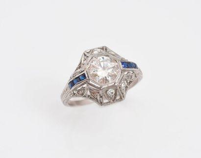 Bague en platine 850‰ sertie d'un diamant...