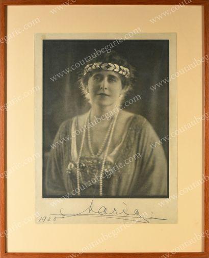 MARIE, reine de Roumanie (1875-1938).Beau...