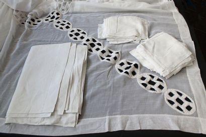 Grande nappe, serviettes et sous-verres en...