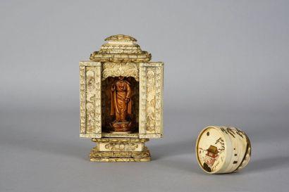 Butsudan en ivoire sculpté, l'autel ouvrant...