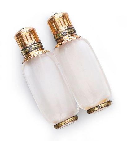 CARTIER Paris Rare flacon à parfum double en cristal de roche, monture en or 750°°....