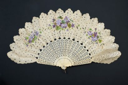 Bouquet de violettes, vers 1860 Éventail...