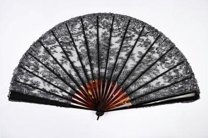 Clochettes, vers 1890-1900 Grand éventail,...