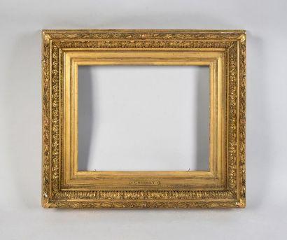 Beau cadre en bois et stuc doré dit Barbizon,...