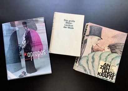 Trois livres en allemand sur la mode et les...