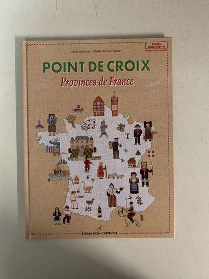 Treize ouvrages en français sur la broderie....