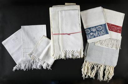 Quatorze serviettes de toilette, fin du XIXe...