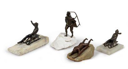 Superbe ensemble de quatre sculptures pour...
