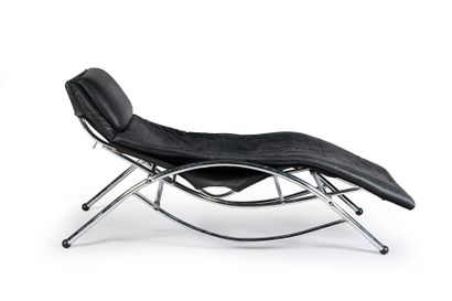 Long chair with tubular structure and black...