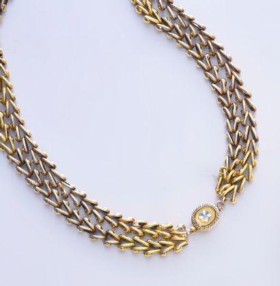 Collier en or 750e, à deux rangs de chaine...