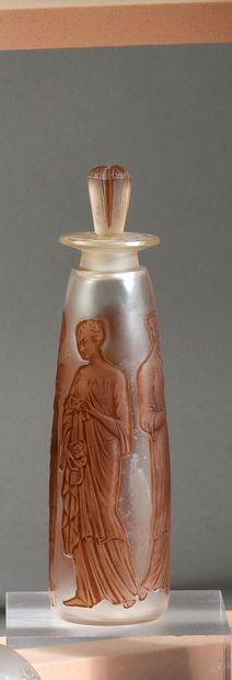 Coty - «L'Ambre Antique» - (1910) Flacon en verre incolore pressé moulé dépoli satiné...
