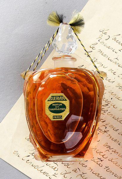 Guerlain - «parfum des Champs-Elysées» - (1904) Presented in its poplar box covered...