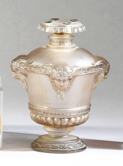 Guerlain - «Bouquet de Faunes» - (1922)