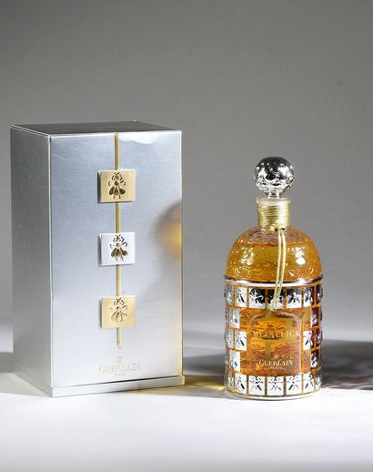 Guerlain - «Metallica» - (années 1990) Presented in its cardboard box covered with...