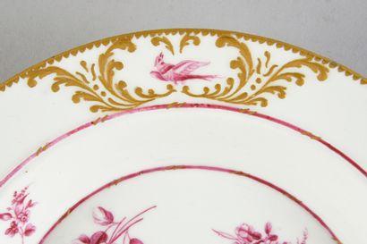 Deux plateaux de fromagers en porcelaine de Vincennes-Sèvres du XVIIIe siècle Marques...