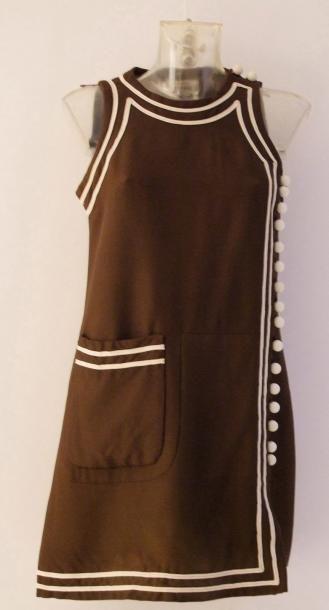 CRÉATION PIERRE CARDIN PARIS Rare robe en...
