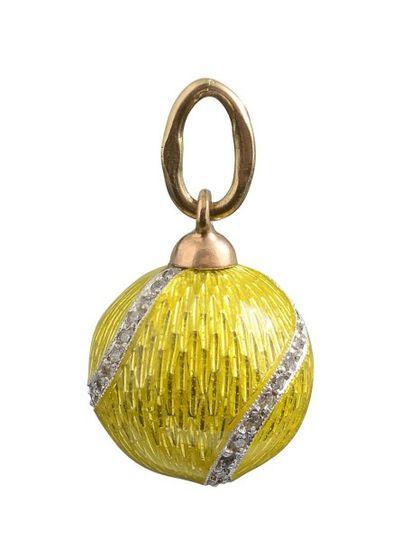 Pendentif balle de tennis en or jaune 14K,...