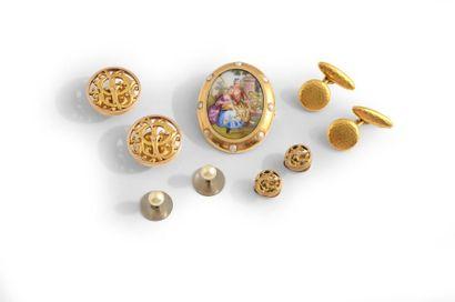 Ensemble de bijoux en or jaune 18K comprenant:...