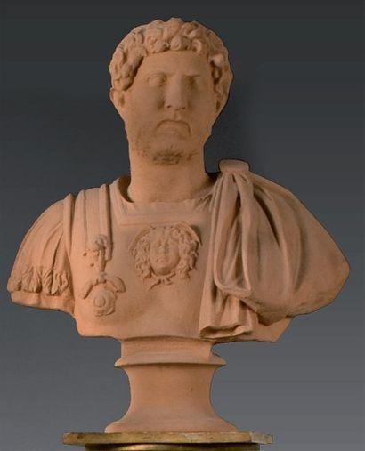 Buste en terre cuite représentant l'Empereur...