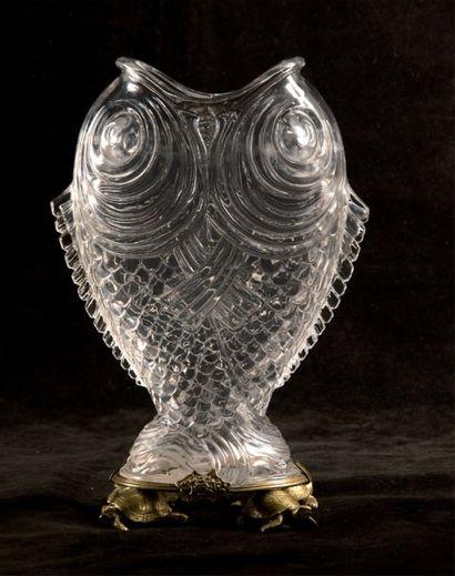 Rare vase aux poissons en cristal de Baccarat...