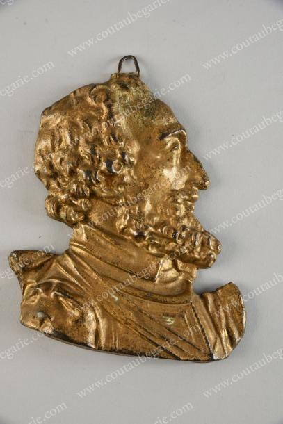 HENRI IV, roi de France. Médaillon à suspendre...