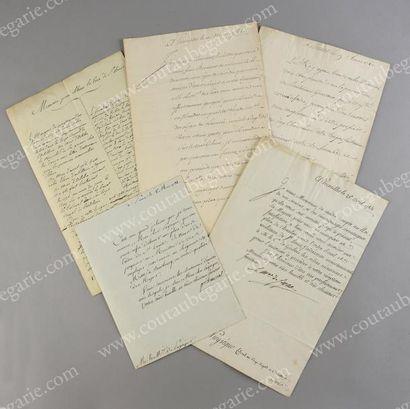 FAMILLE DE PUYSÉGUR Ensemble de cinq documents...
