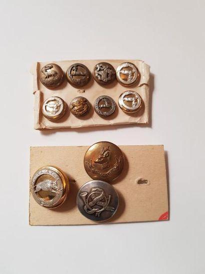 8 boutons de gilet dont Rallye La haut, équipage...