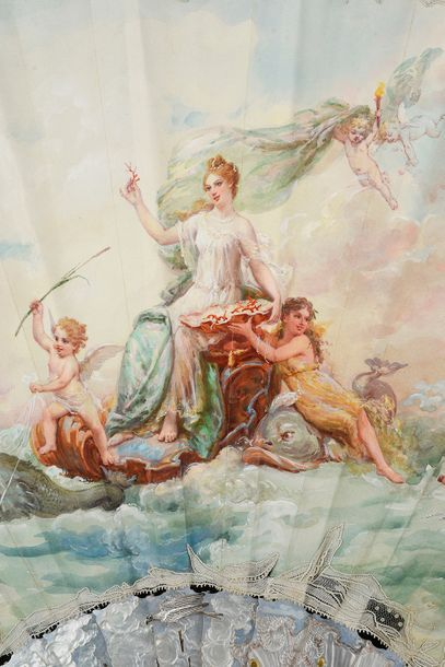 Chef d'oeuvre des artistes parisiens, cet éventail de grande dimension (H. 35,2...