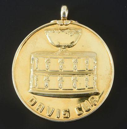 Médaille d'or de vainqueur de la Coupe Davis...