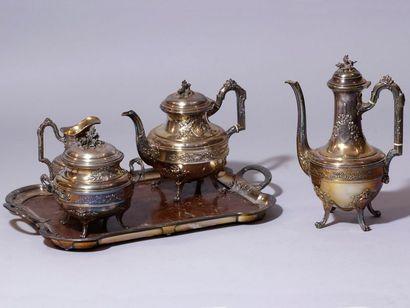 Service à thé en argent composé de 2 théières,...