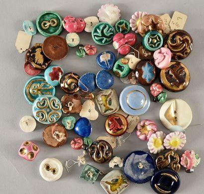 Ensemble de boutons en céramique, années...
