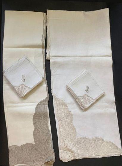 Nappes et douze serviettes, milieu du XXe...