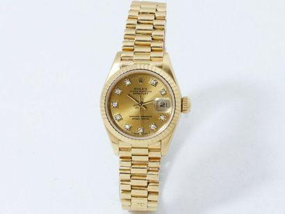 """ROLEX """"OYSTER PERPETUAL DATEJUST"""" Montre bracelet de dame en or 750 millièmes, cadran..."""