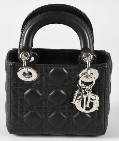 CHRISTIAN DIOR, mini sac Lady Dior en cuir...