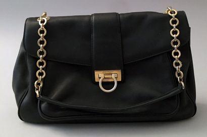FERRAGAMO, sac en cuir noir, bandoulière...