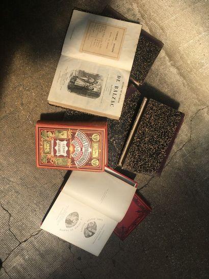 Un ensemble de livres Jules Verne collection...