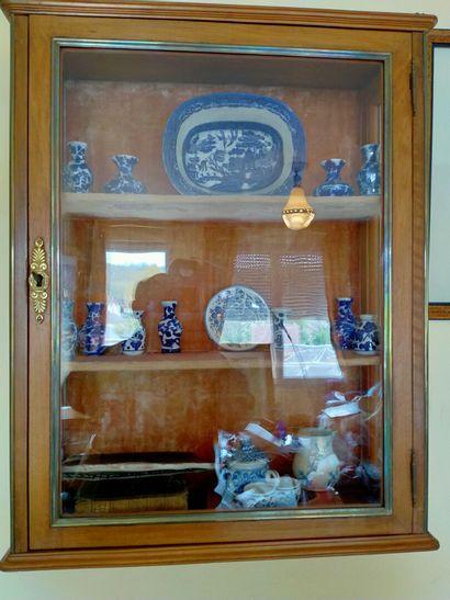 CHINE : divers, 18 petits objets porcelaine...