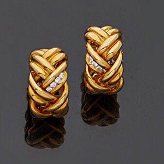 Paire de clips d'oreilles en or jaune, 18k...