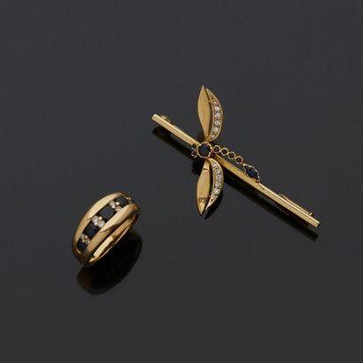 Lot comprenant une broche libellule en or...