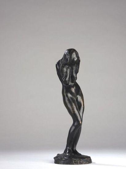 Bernhard HOETGER (1874-1949)   La pleureuse,...